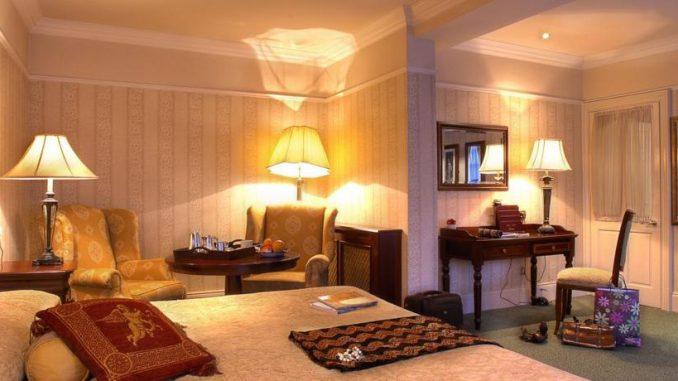 arbutus hotel killarney bedroom