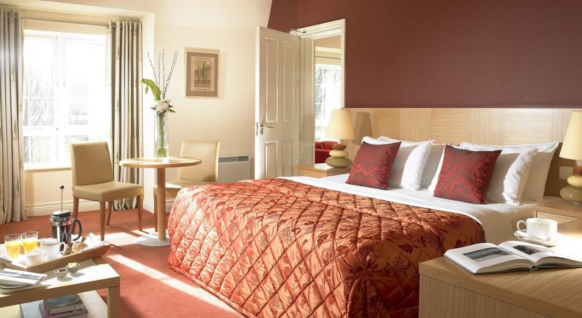 Travel Inn Killarney Bedroom 1