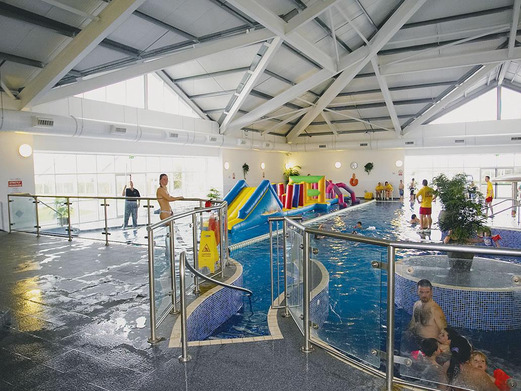 Banna Indooer Swimming Pool