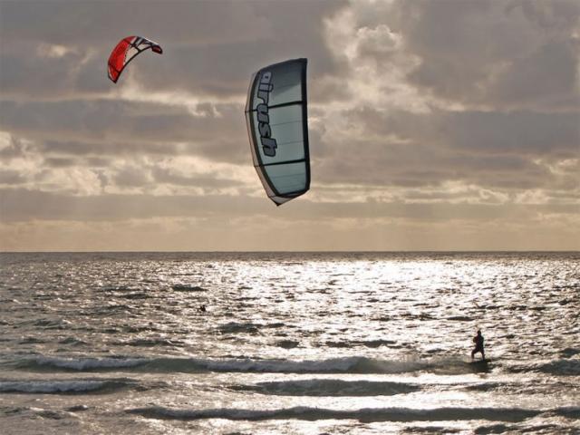 Kite Surfing Banna Beach Kerry