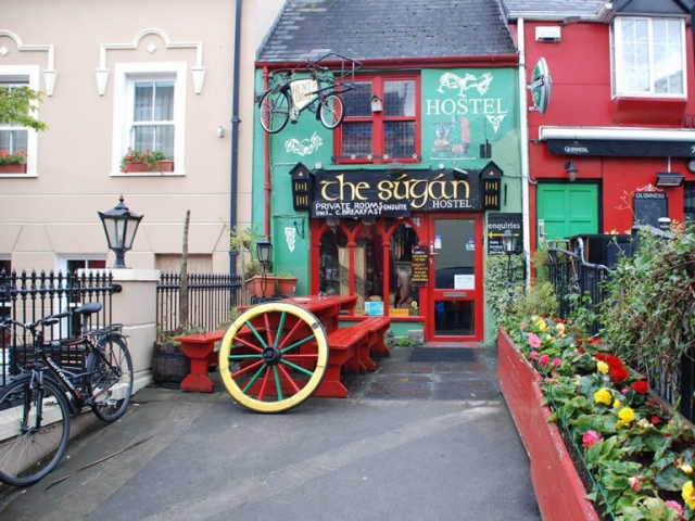 Sugan Hostel Killarney