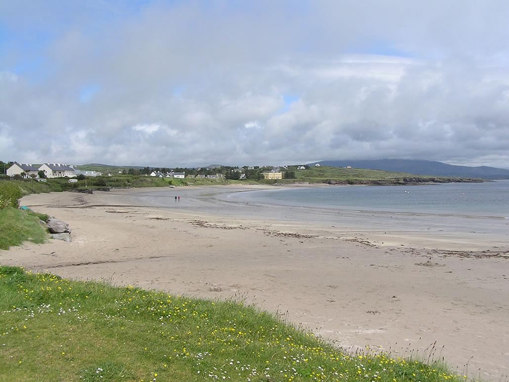 Ballinskelligs walk on the beach