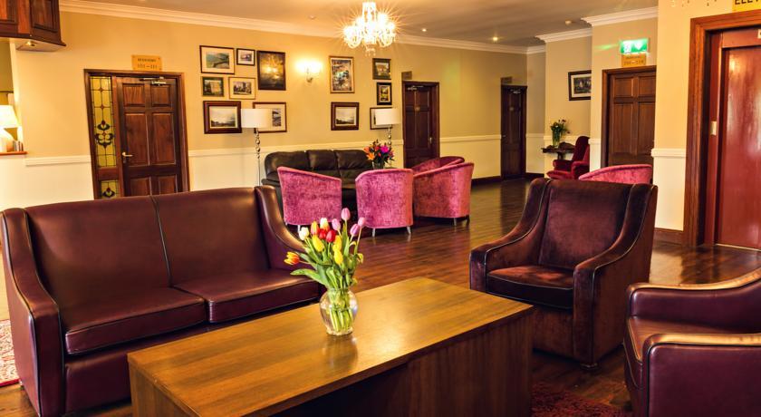 Dingle Peninsula Hotel Lounge