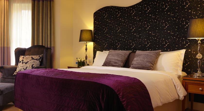 Brook Lane Hotel Kenmare Bed