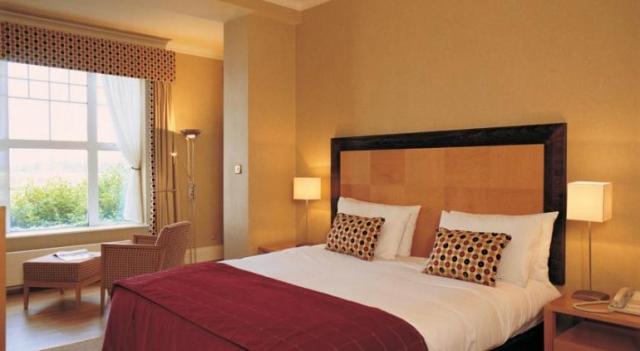 Parknasilla Hotel Bedroom
