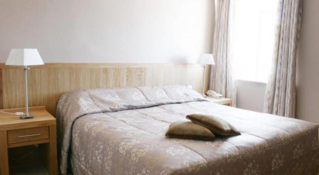 Ring of Kerry Hotel Cahersiveen Bedroom 2