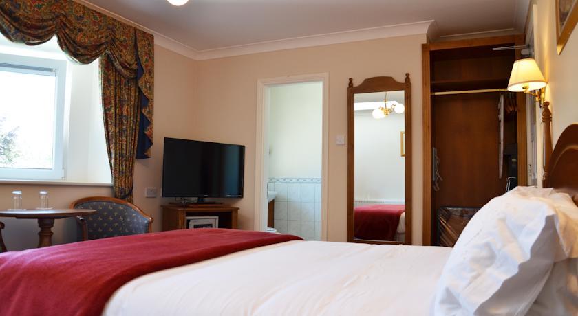 Abbey Lodge B&B Killarney Bedroom 2