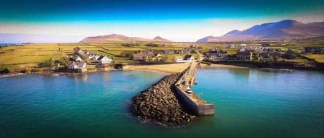 ballydavid accommodation - The Coastguard