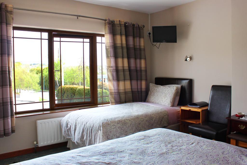 Avelow House B&B Kenmare Ireland Bedroom 3